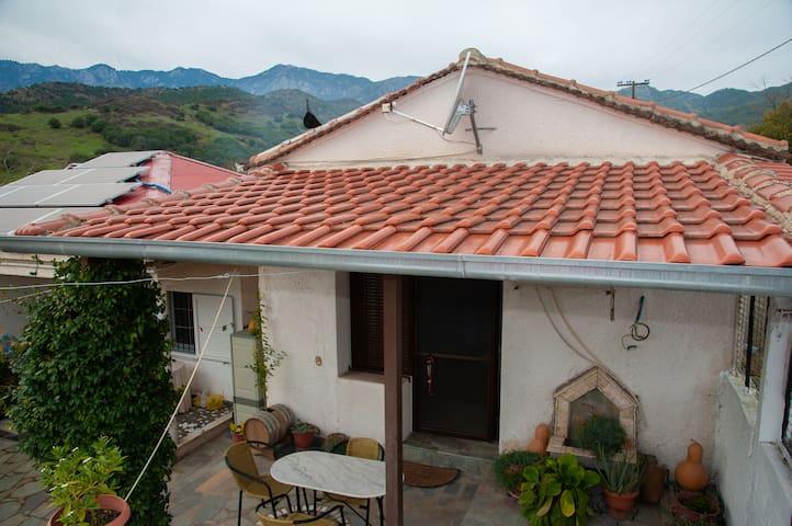 Giota´s home near to Meteora