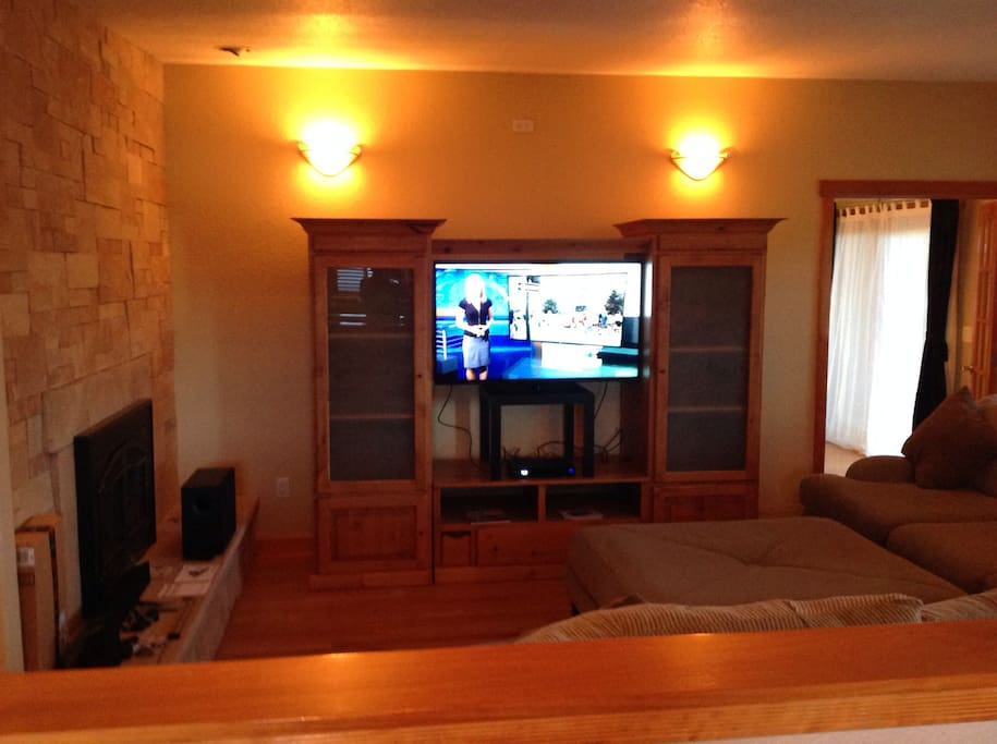 TV is viewable from great room, dining room, and kitchen.   Gas fireplace.