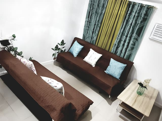 2 sofa bed in the living room