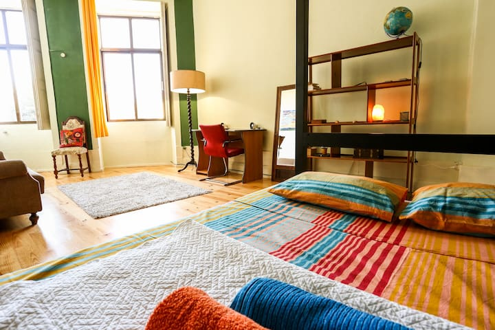 Lovely Suite in Center of Porto