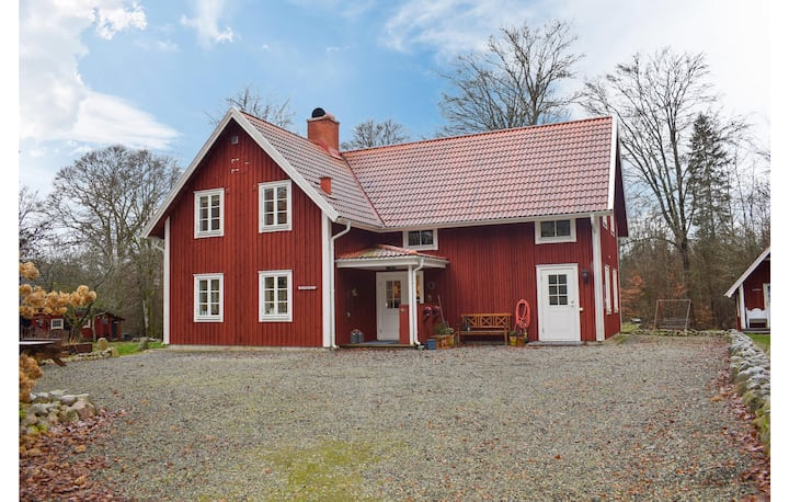 Nice home in Rydaholm with 4 Bedrooms