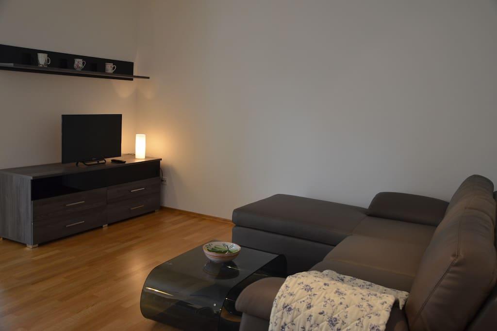 Wohnzimmer geräumig und modern