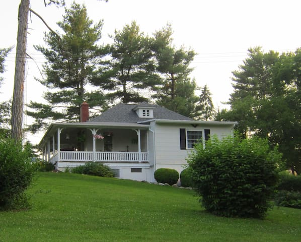 Gorgeous Country Cottage, Mins. to Hershey - Annville - Ház