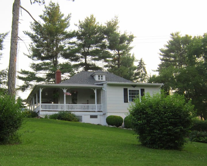 Gorgeous Country Cottage, Mins. to Hershey