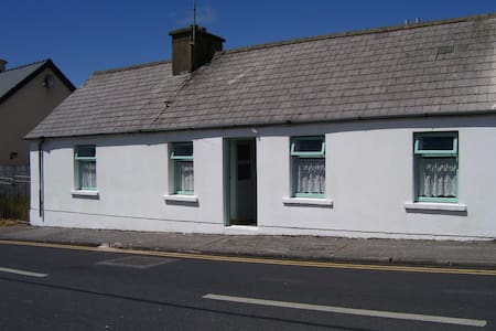 A house with real tradition! - Miltown Malbay