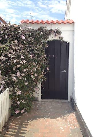 Hyggeligt lille Anneks på Samsø   - Samsø - Annat