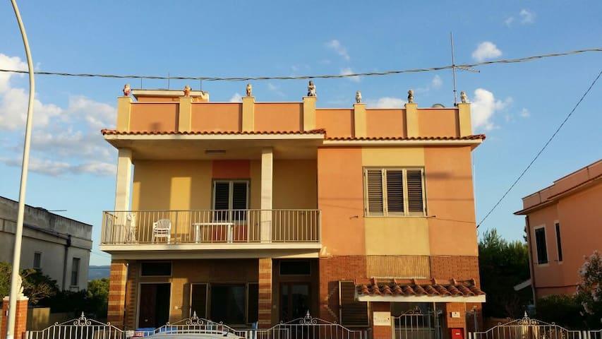Appartamento completo vista mare - Foce Varano - Apartment