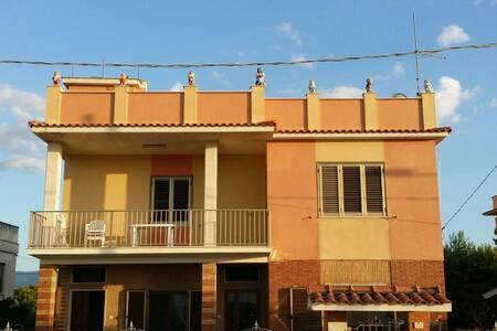 Appartamento completo vista mare - Foce Varano - Apartament