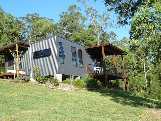 My Country Cocoon (10 min to hiway) - Lorne - Cabin