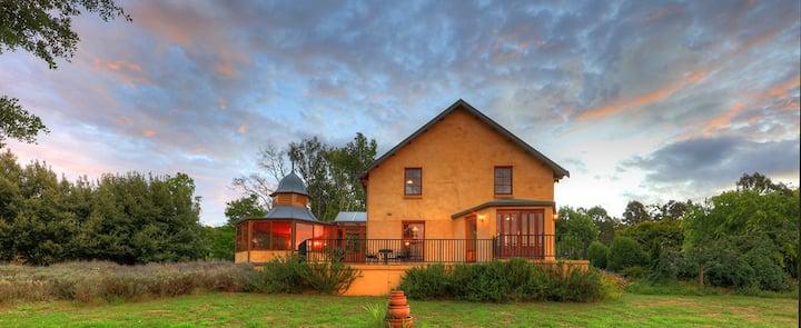 Kentisbury Country House Cradle Coast Tasmania