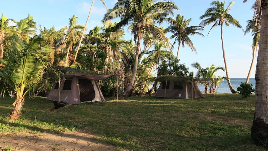 Isa Lei Family Glamptent