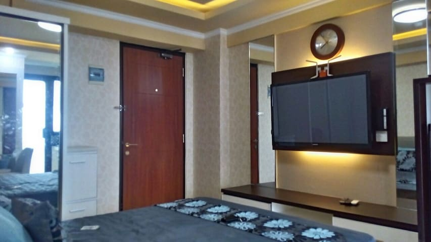 Strategic affordable private room in South Jakarta