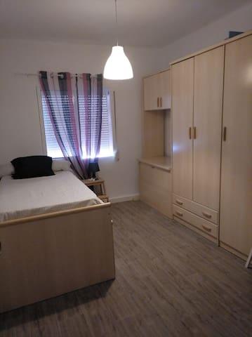 Habitación sencilla en Puerto Real
