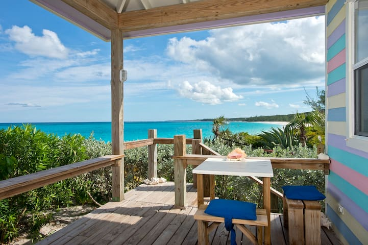 Cayo Loco Pink Sand Oceanfront Beach House for 2!