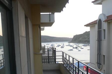 A 20 passos da praia! T2 em S.Martinho do Porto