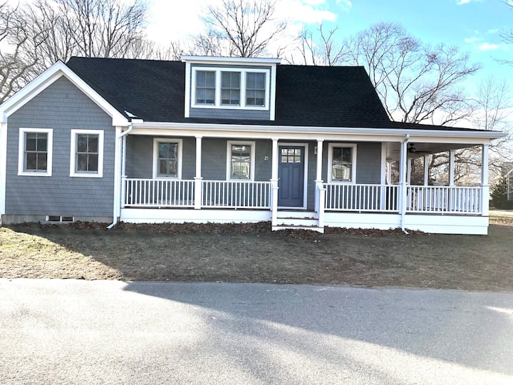 New Home in Oak Bluffs near everything you want!