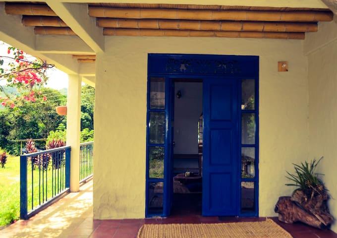 Casa Cacao Wellness - Sasaima - Domek gościnny