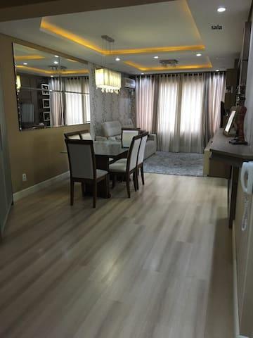 Apartamento completo em área central