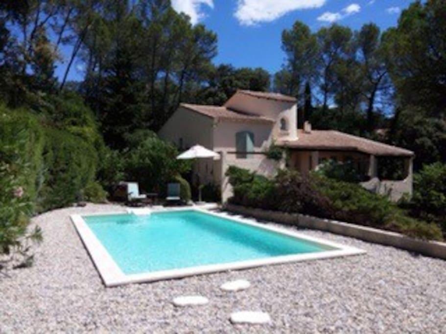 maison avec piscine au nord de montpellier maisons