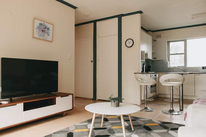 Air-Conditioned Apartment At Manly Beach