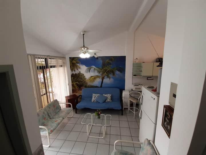 Acogedora Casa en Tonsupa, Cerca a la Playa