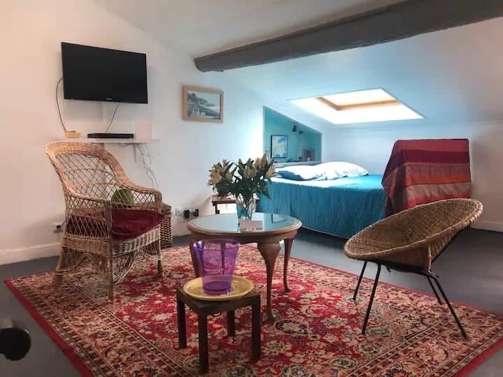 studio sous les toits - Port de Nice