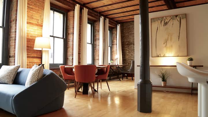 Dream loft in the heart of the Old Montreal