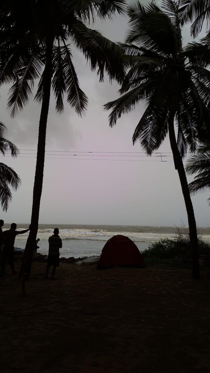 Malwan Dandi Beach Camping