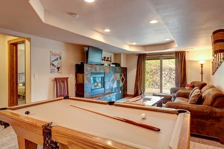 French Creek Hideaway - Kitchenette & Pool Table!
