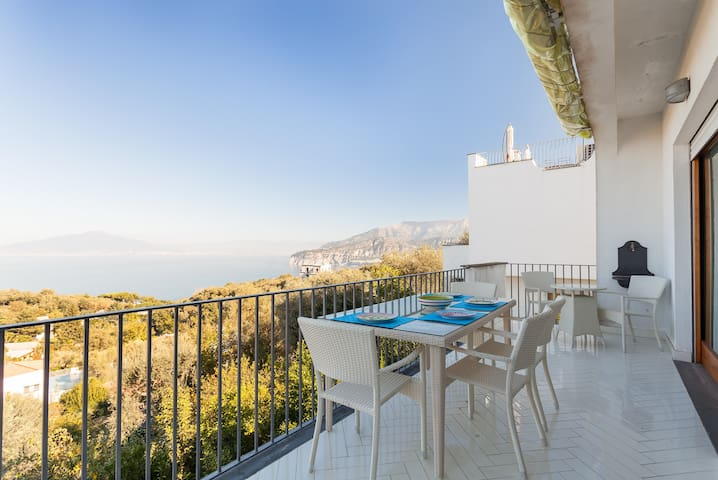 Villa Abate with sea view and pool