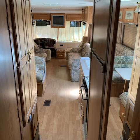 Beautiful spacious RV for you and your family