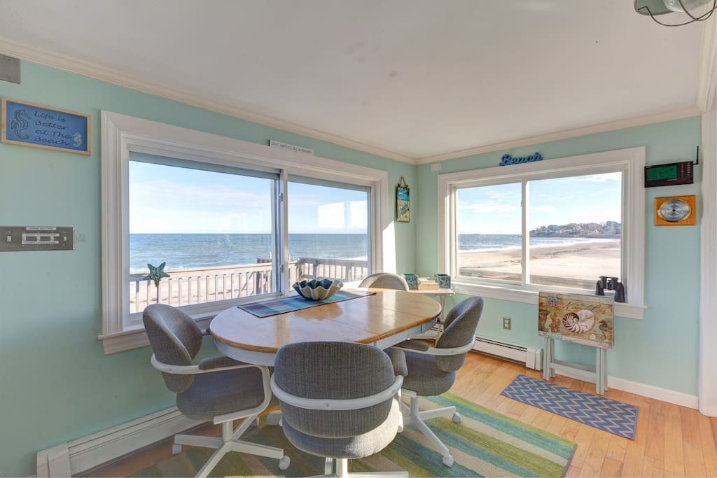 You can stand inside and have a panoramic view of the entire beach from one end to the other!