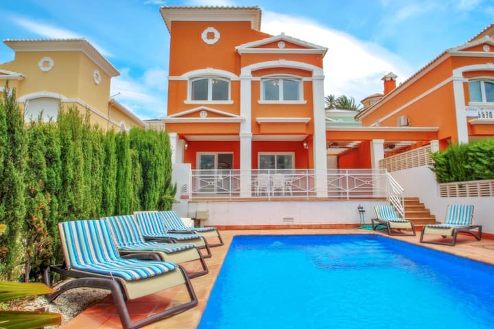 Canuta Mar 16 - holiday home with private swimming pool in Calpe