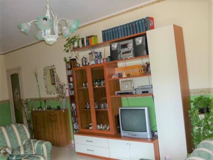 Splendid 2 bedroom apartment near Giardini Naxos