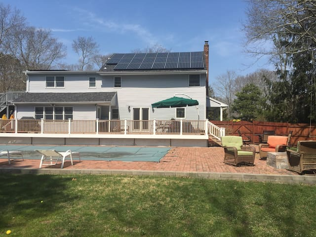 Relax by the pool in the hamptons - 東奎古厄(East Quogue) - 獨棟