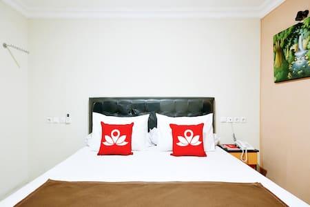Cozy Room at Kuningan Syariah - Yakarta Meridional - Bed & Breakfast