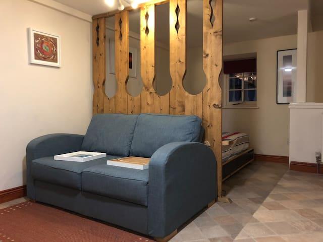 Studio Flat - Padstow Apartments