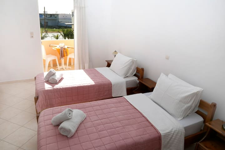 Standard Room in Rent Rooms Athina
