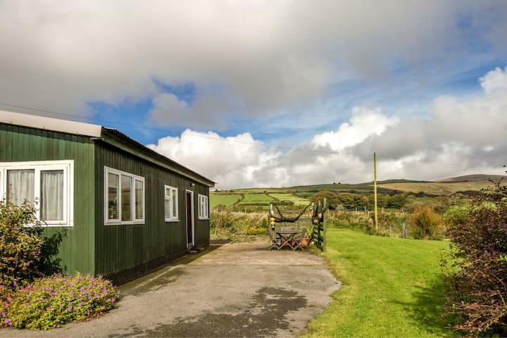 Ty Pren Bach self -catering holiday chalet