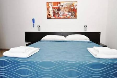 Hotel Burlamacco Room 11 singola con balcone