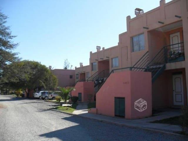 Departamento independiente en vicuña centro - Vicuña - Flat