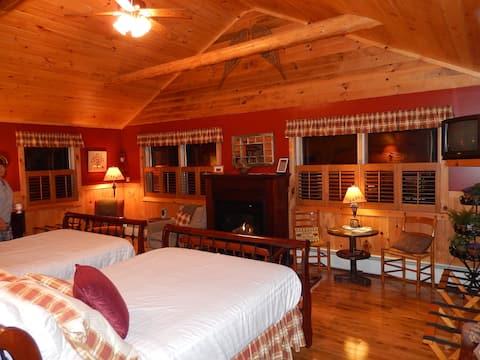 Suite with en suite in Adirondack Waterfront B&B