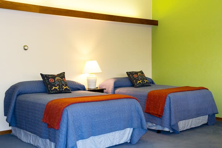 Peaceful, spacious Room 4 in the Creamery Inn