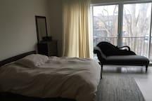 Grand appartement lumineux sur 2 étages
