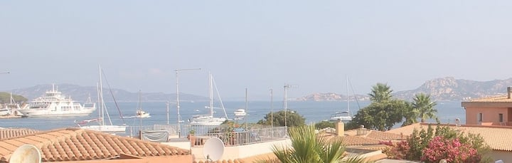 Sea view apartment - 100 meters to the beach