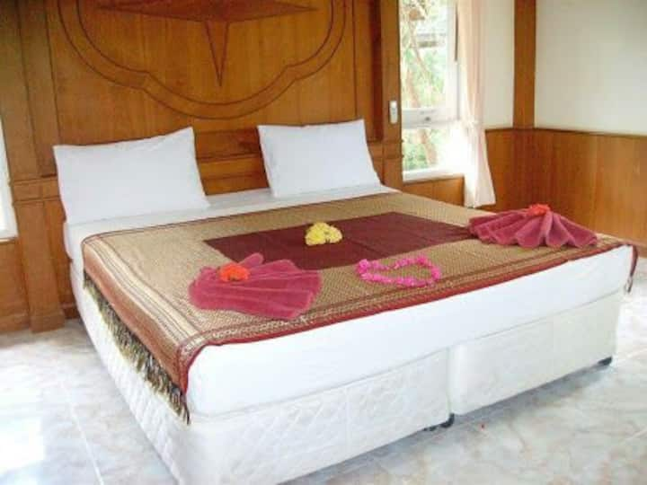 Palm Beach Room