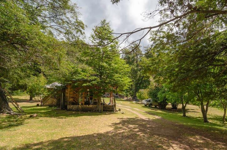 Cabaña para 4 en la quietud del lago Chelenko