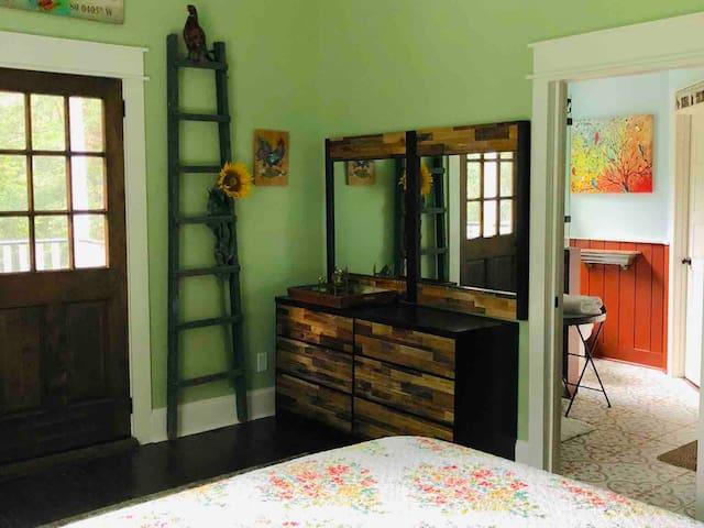 "porch ROCKIN' ""B&B"": Johns Island Room"