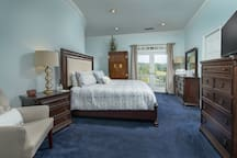 Upstairs king size suite with private en suite bath and balcony overlooking the gorgeous views of the front lawn