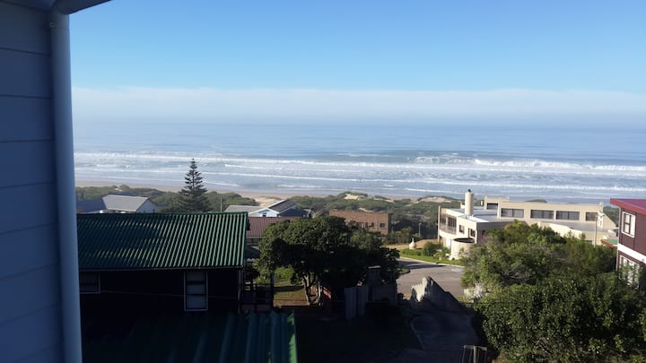 Sea view - on the popular garden route